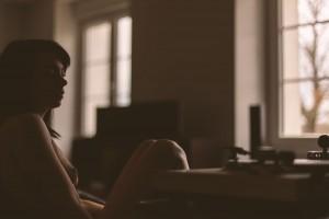 séance photo glamour et musique. Femme seule- Blueberry Corner photographe de photo glamour. Blueberry Corner photographe boudoir à Lyon pour couple et femme