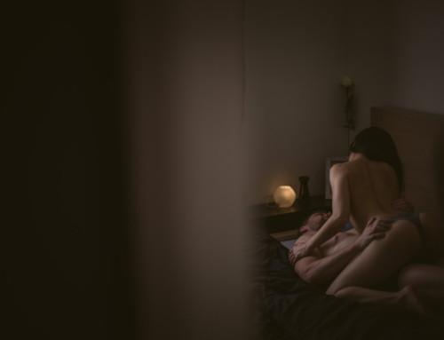 Une séance photo boudoir en couple et torride