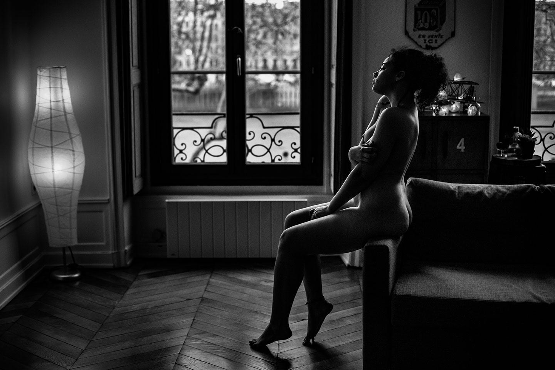 Une séance photo boudoir au parfum de soleil