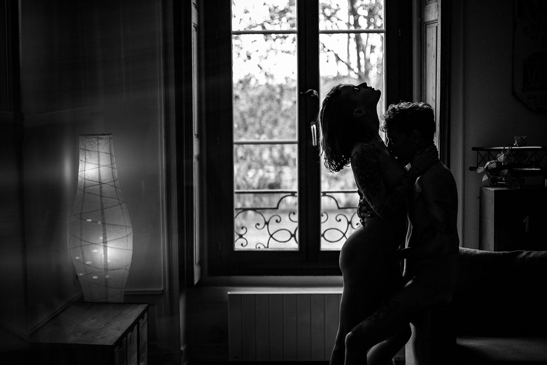 Une séance photo en couple érotique à Lyon