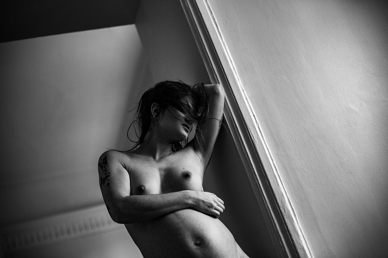 Séance photo grossesse intime. Une séance photo de grossesse, intime