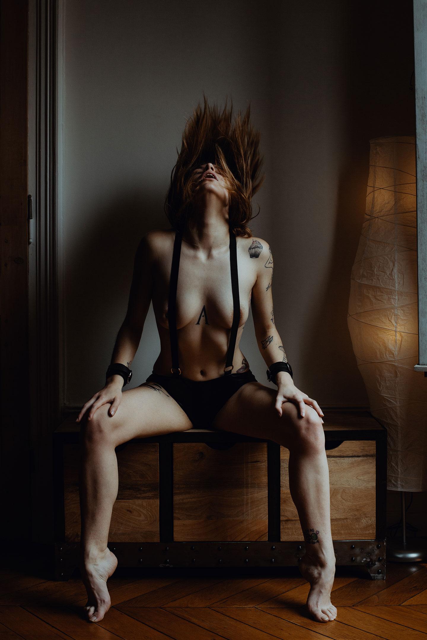 Séance photo érotique et porn'art à Lyon
