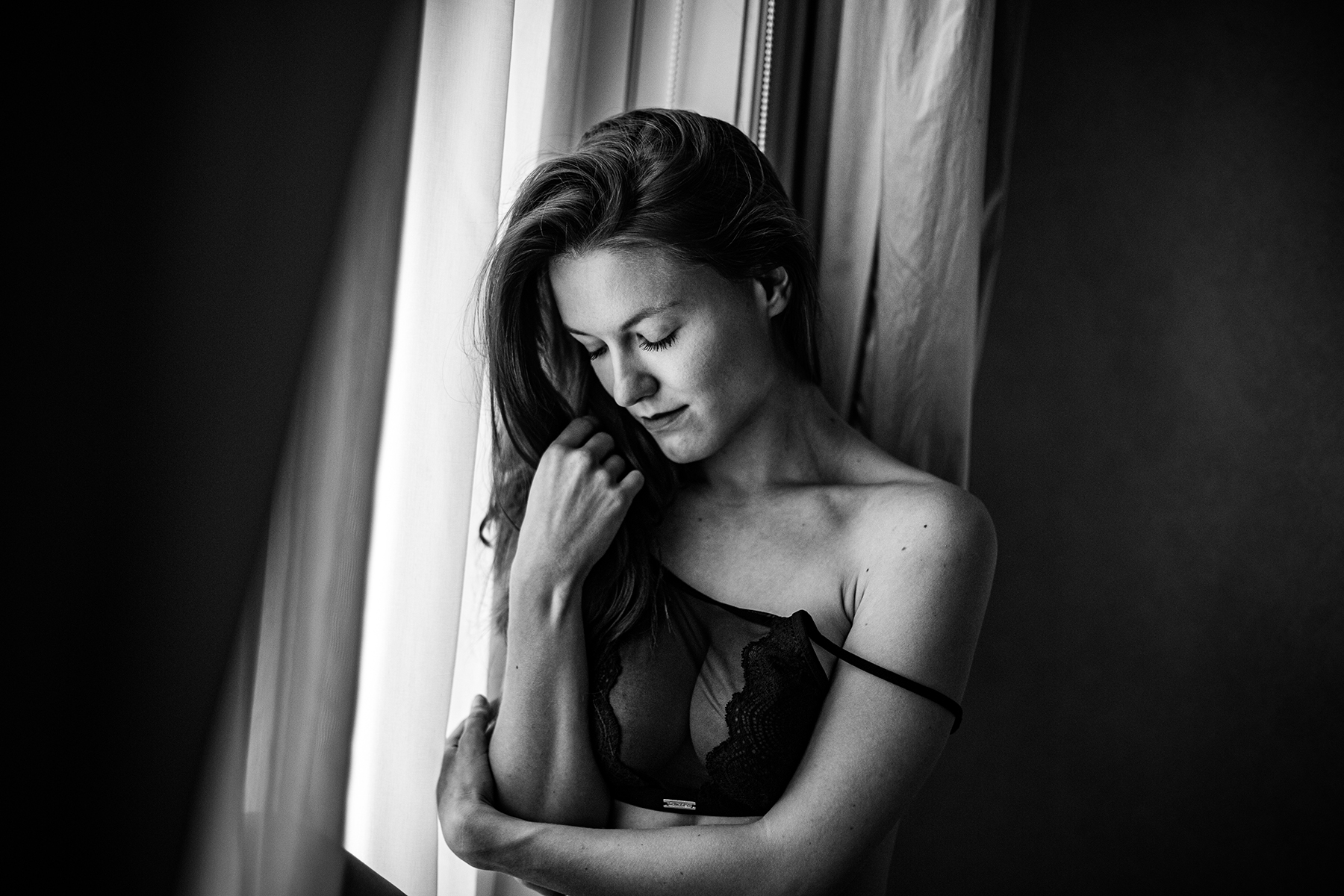 Photographe boudoir à Prague. Séance photo boudoir à Prague